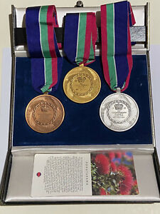 XIVth Commonwealth Games, Auckland, New Zealand 1990 Medal set RARE Manz