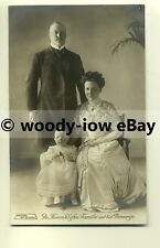 r0020 - Queen Wilhelmina , Prince Hendrik & Princess Juliana of Holland postcard