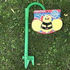 ✳️ NEW Vtg Fisher Price Buzzing Bee Sprinkler Kids Outdoor Water Toy Hose 72812