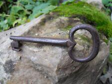 Ancienne clef clé en fer acier forgé 17-18e Antique Iron key