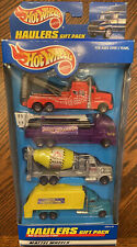 HOT WHEELS Exclusive Haulers Gift Pack TRUCKS Tow, bucket, cement & trash