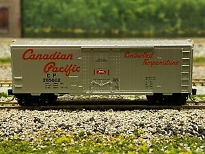 N Scale - MTL Canadian Pacific 40' Plug Door Boxcar CP 285602 3831