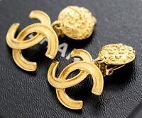 CHANEL CC Logos Dangle Earrings Gold Tone Vintage 95A w/BOX excellent a