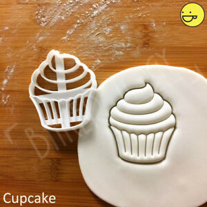 Cupcake cookie cutter   cupcakes princess fairy cake patty party cute biscuit