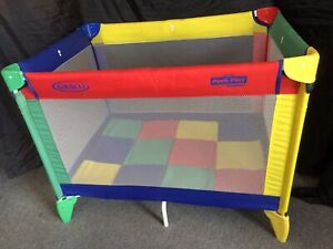 Graco Travel Cot with carry bag