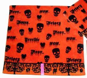 Betsey Johnson SKULL FEAR Bleeding Hearts Orange Black Halloween Bath Towel VHTF