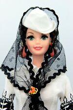 1995 Barbie Doll as Scarlett O'Hara (black and white dress) muñeca bambola 13254