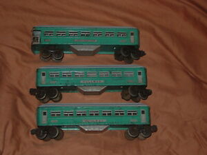 LIONEL PREWAR O-GAUGE 1630/1630/1631 TINPLATE PASSENGER CAR SET