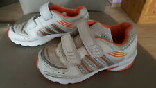 Adidas Turnschuhe weiß orange Mädchen Größe 29