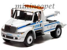 GREENLIGHT 29797 2013 INTERNATIONAL NYPD DURASTAR 4400 TOW TRUCK 1/64 WHITE