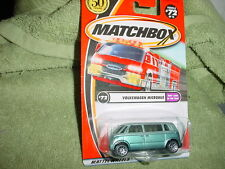 MATCHBOX VW VOLKSWAGEN MICROBUS  #72/75 1/64 2001 RELEASE MINT ON CARD FREE SHIP
