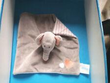 "DOUDOU 1787 / PLAT ELEPHANT ""BABY LOVE"" GRIS - COEURS ROSE/BLEU...."