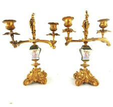 Paire antique gilt bronze & porcelaine deux branches candélabres cherub