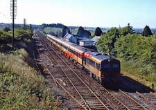 PHOTO  IRISH RAILWAY - CIE LOCO NO  038 RATHDUFF 02.07.1989