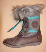 """Fab Jump GTX""Clark's Girl's Grey Leather Boots size 9 F."
