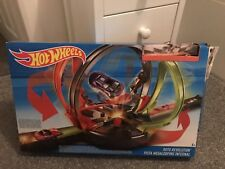 Hot Wheels fdf26 Roto Revolution Track Set VGC