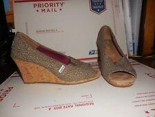 6952716759d Women s Toms Beautiful Brown Wedges Heels Sz W7.5 7.5