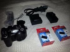 Nikon Coolpix 5400 Camera & accessories.