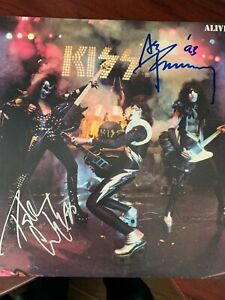 KISS ALIVE 1 SIGNED ALBUM