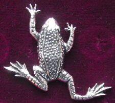 Quality  Pewter Leaping Frog Toad  Pin Brooch