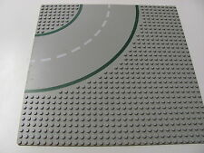 LEGO 609p01 @@ Baseplate, Road 32 x 32 9-Stud Curve with Road  (x1) @@ GREY GRIS