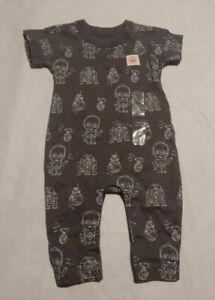 NWT Baby Gap Boys Star Wars Droid Print Romper One Piece 3-6 Months