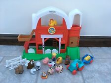 FISHER PRICE LITTLE PEOPLE FARM WITH SOUNDS PLUS FIGURES