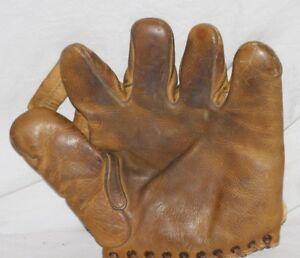 RARE!  Early1940's Pinky May, Rawlings Split Finger Baseball Glove, 10.5 x 10
