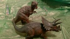 2 Model Dinosaurs. Classic Triceratops And T-Rex Type Cinematic Match Up