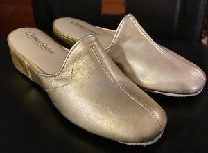 DANIEL GREEN WOMENS GOLD LEATHER SLIPERS SHOES 6.5