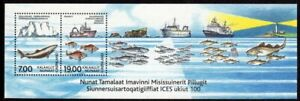 Greenland Scott #402a VF MNH 2002 Exploration of the Seas Souvenir Sheet