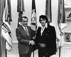 Внешний вид - New 8x10 Photo: Elvis Presley & President Richard Nixon at the While House, 1970