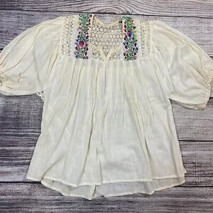 Peasant blouse Embroidered blouse Gypsy blouse Folk blouse Boho Vintage 1970s Indian embroidered peasant blouse Peasant top