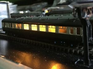 N gauge Dapol GWR Collett Brake coach.Lights fitted. Excellent condition.NC-057C