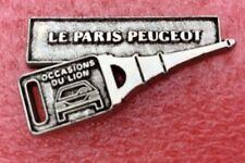 Pins Voiture LE PARIS PEUGEOT CLE OCCASIONS DU LION Tour Eiffel