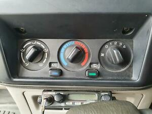 NISSAN PATROL HEATER/AC CONTROLS FRONT, NON CLIMATE CONTROL, 12/97-04/17