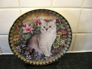 CATS AMONG THE FLOWERS   PLATE -   COLIN IN PERIWINKLE -  DANBURY MINT