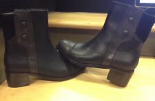 Women Valdini Ankle Boots shoes Genuine Leather Black size 7 New