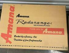 Vintage Amana Radaranger RS414T Countertop Microwave Oven in original Box