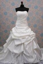 Ball Gown/Duchess Lace Scoop Neck Sleeve Wedding Dresses