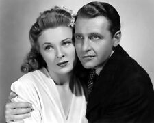 """RALPH BELLAMY & EVELYN ANKERS IN """"THE GHOST OF FRANKENSTEIN"""" 8X10 PHOTO (AB-782)"""