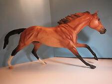 BREYER-BreyerFest 2012 Special Run Aintree-Cigar Mold Horse-New