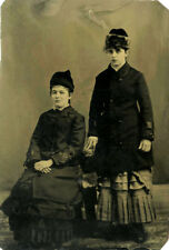 ANTIQUE TINTYPE PHOTO OF TWO YOUNG LADIES SHOWING AFFECTION WEARING COATS/HATS