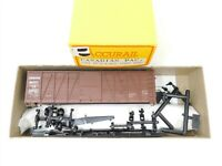 HO Scale Accurail Kit 4204 CP Canadian Pacific 40' Single Door Box Car #234537