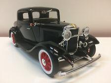 Road Legend - Ford 3 Window 1932 - 1/18