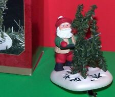NEW 1997 Hallmark FUNNY Christmas Ornament SANTA'S PRIZE TOPIARY Reindeer Garden