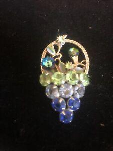 Juliana D &E gorgeous rhinestone basket vintage brooch