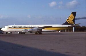 Singapore Airlines Cargo Boeing 707 o/c 9V-BFW 1979 - Kodachrome 35mm slide