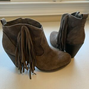 Charlotte Russe Women's Ankle Heel Boots Booties Suede Leather Fringe Size 9