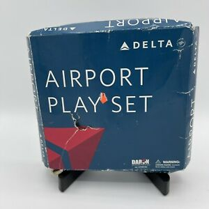 Delta Airlines Airport Play Set #RT 4991 Box 2007 Die Cast Boeing 757 Vehicles